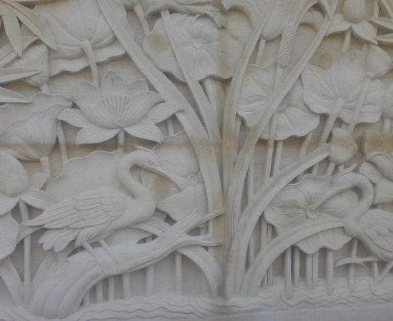 Dekorasi Rumah mewah motif lotus