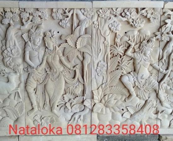 Relief Batu Ukir Motif Mahabharata