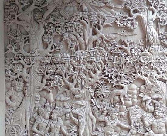 Ukiran Relief Batu Alam Motif Ramayana