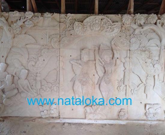 Relief Ukiran Bali Dinding Teras Rumah