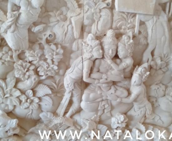 Ukiran Relief Mahabharata Bali Untuk Dinding Rumah