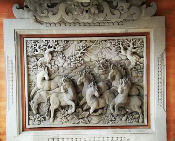 Dekorasi Rumah Mewah Motif Kuda