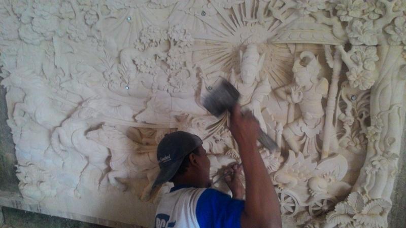 Harga relief dinding rumah motif perang Mahabaratha.