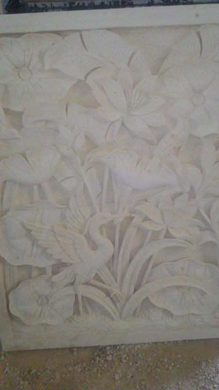 Harga relief dinding rumah motif lotus.