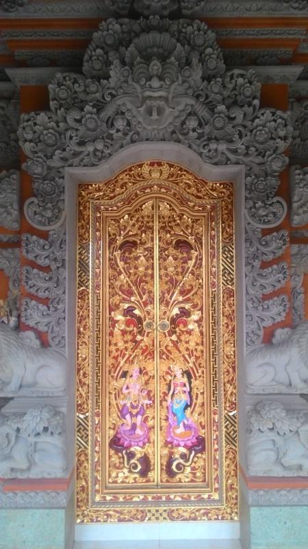 Relief Rumah mewah motif ukiran Bali