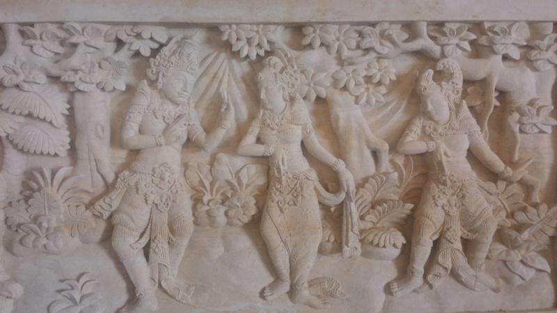 Hiasan Dinding Rumah Mewah Motif Ramayana