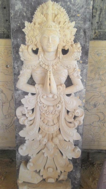 Relief Dinding Rumah Mewah motif Cili