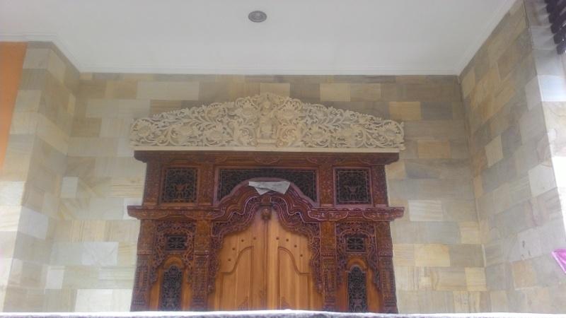 Hiasan Dekorasi Dinding Rumah