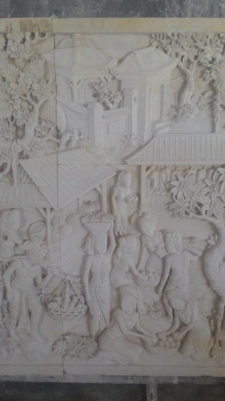 Dekorasi Relief Rumah Motif pasar