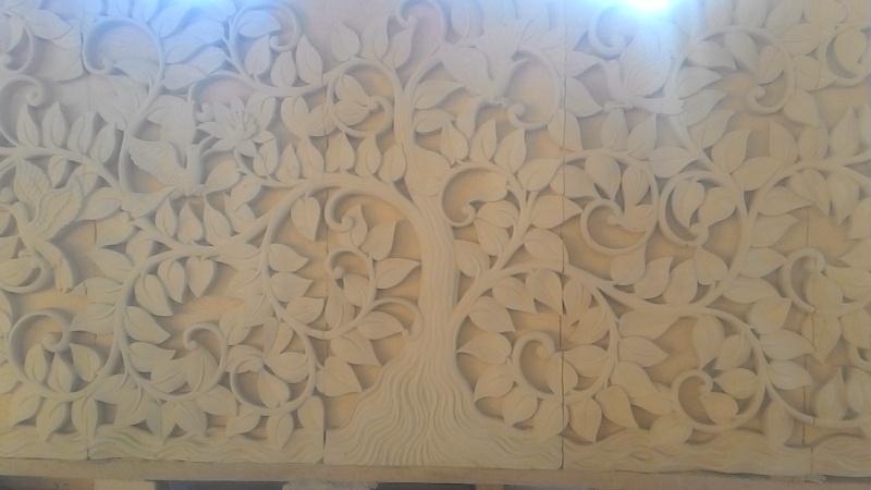 Dekorari Rumah motif Pohon Bodi