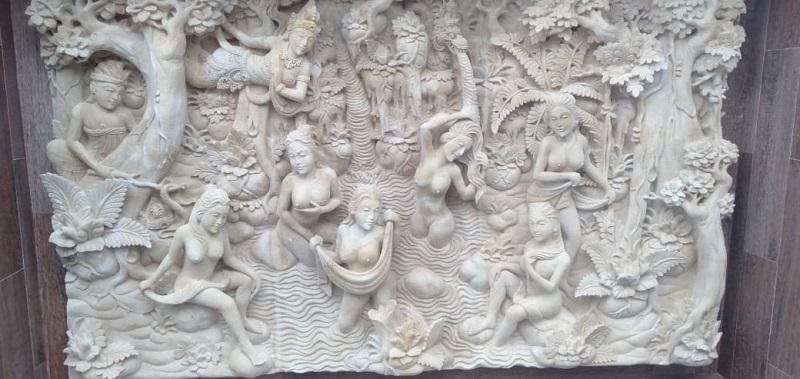 Relief Dinding Rumah Motif Rajapala
