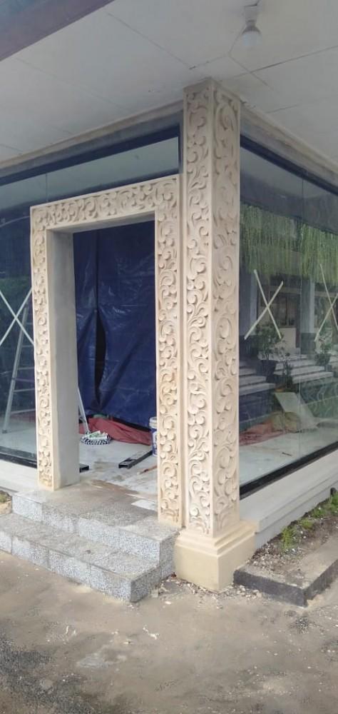 Relief Pilar Rumah