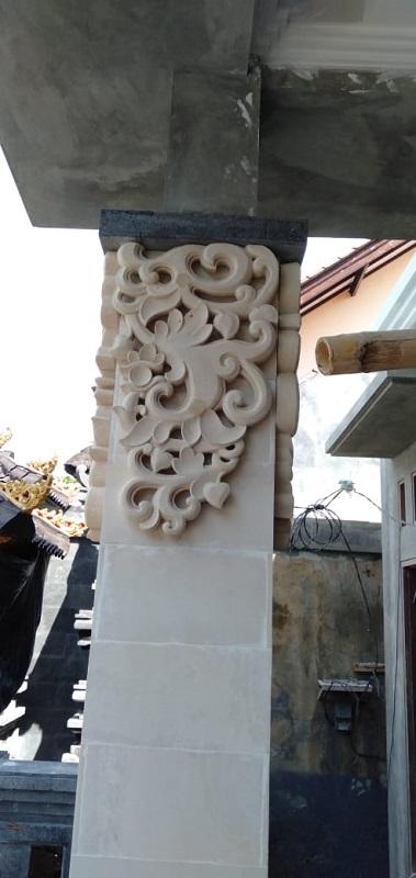 Relief Pilar Rumah Bali