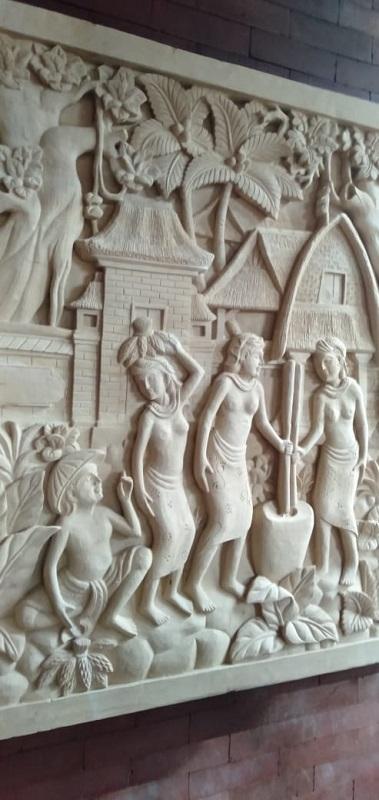 Ukiran Paras Bali Relief Motif Tradisi