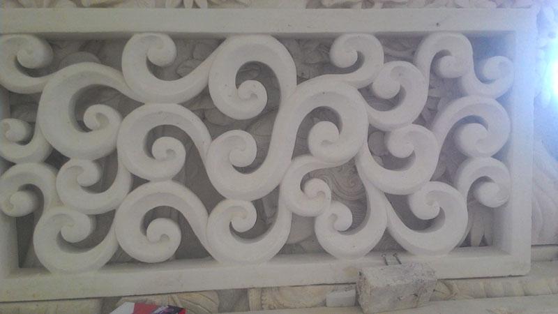 Relief motif modern
