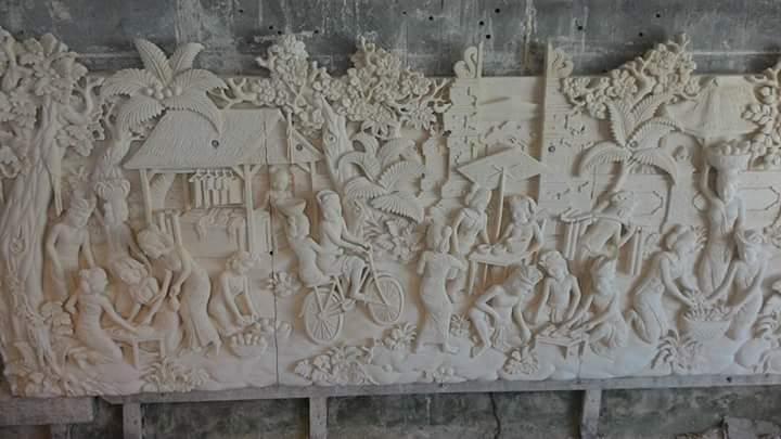 Relief Tradisi Ukiran Bali Dari Bahan Paras Jogja Pilihan